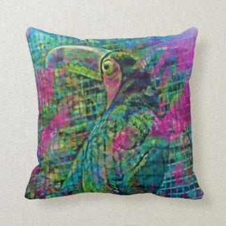 Tookan Camun big bird in Costa Rica Throw Pillow