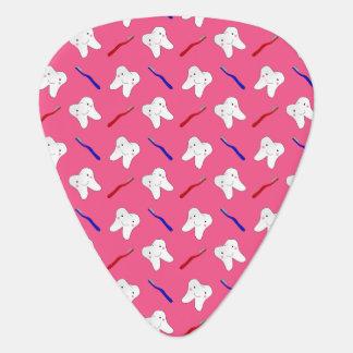 Toothburshes y modelo rosados lindos de los púa de guitarra