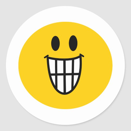 Toothy grin smiley classic round sticker