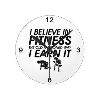 TOP Believe in Fitness Round Clock