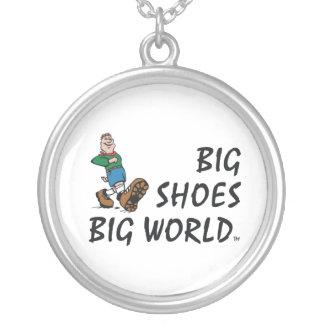 TOP Big Shoes Big World Jewelry