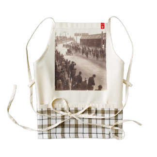 TOP Car Race Old School Zazzle HEART Apron
