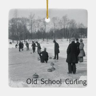TOP Curling Old School Ceramic Ornament