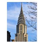 Top de Chrysler que construye, árboles desnudos Tarjetas Postales
