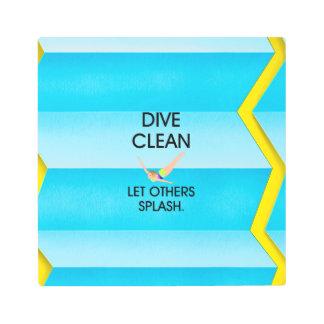 TOP Dive Clean Metal Print