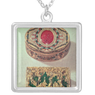Top: Gold snuffbox inlaid with various stones Silver Plated Necklace