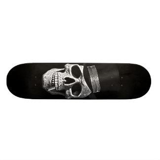 Top hat skull skateboard