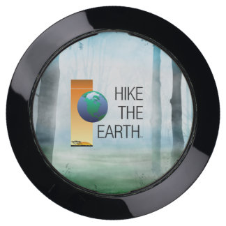 TOP Hike the Earth USB Charging Station