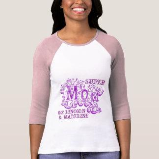 Top púrpura decorativo de los nombres de los niños camiseta