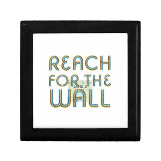 TOP Reach for the Wall Keepsake Box