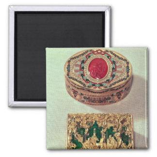 Top: Tabaquera del oro embutida con las diversas p Imán Para Frigorifico