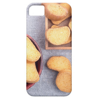 Top view of the pieces of dried bread iPhone SE/5/5s case