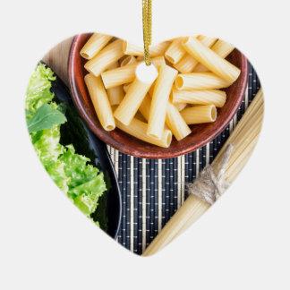 Top view of the spaghetti, pasta and lettuce ceramic ornament