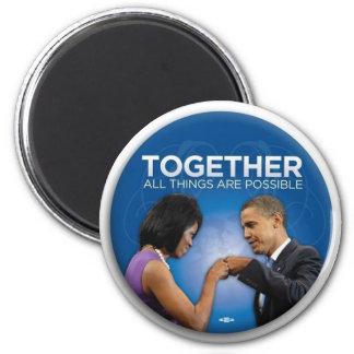 topetón del puño de obama imán redondo 5 cm