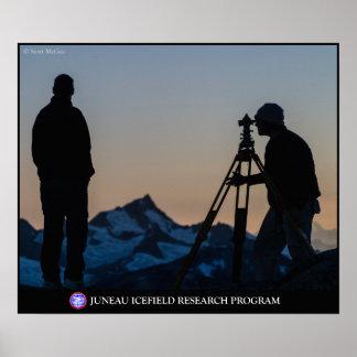 Topógrafos en la oscuridad en el poster de Juneau