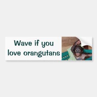 Toque la bocina o agite si usted ama orangutanes pegatina de parachoque