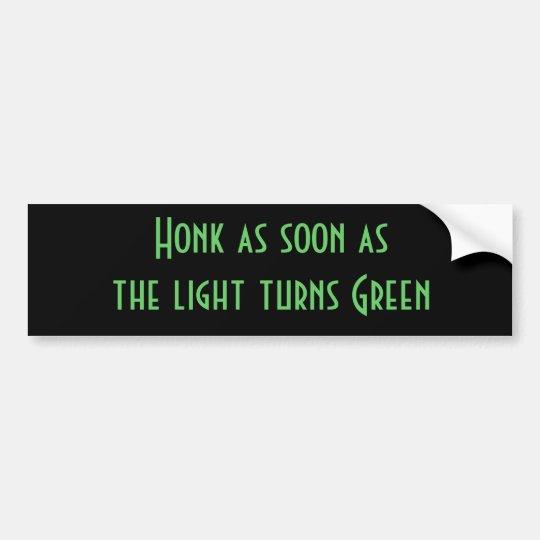 Toque la bocina tan pronto como la luz dé vuelta a pegatina para auto