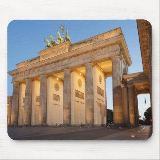 Tor de Brandenburger en Berlín Tapete De Ratón