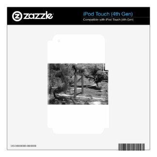 Torii Gate- horizontal iPod Touch 4G Decals