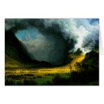 Tormenta de Albert Bierstadt en las montañas Tarjeta De Felicitación