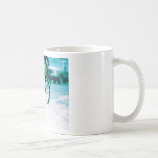 Tormenta de ciclo de la lluvia de la ciudad del ci taza de café