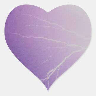 Tormenta del relámpago pegatina en forma de corazón