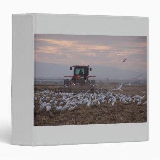 Tormenta, tractor, carpeta de Avery de los Egrets