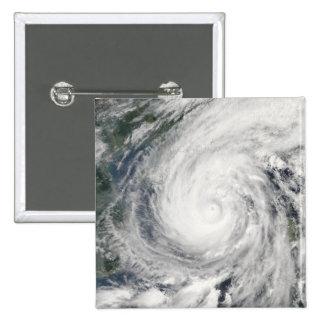 Tormenta tropical Chanchu Pin Cuadrado