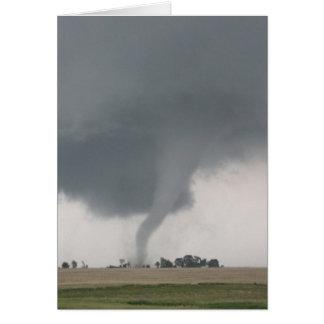Tornado del campo tarjeton