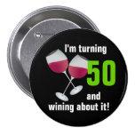 Torneado de 50 y el wining con las copas de vino pins