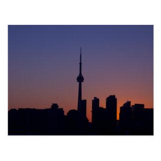 Toronto en la postal de la puesta del sol
