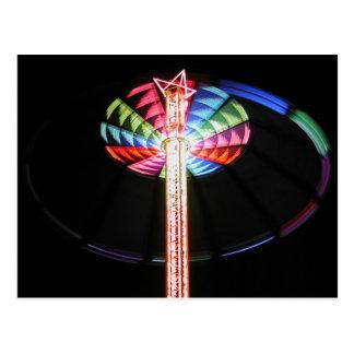 Torre-chairoplane por noche tarjeta postal