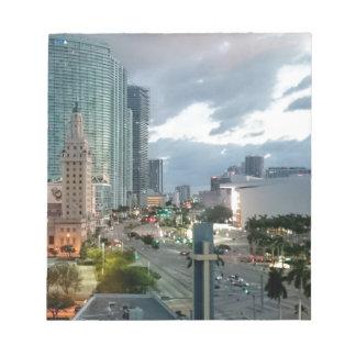 Torre cubana de la libertad en Miami 2 Bloc De Notas