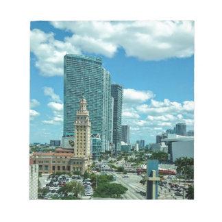 Torre cubana de la libertad en Miami 5 Bloc De Notas