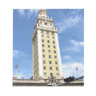 Torre cubana de la libertad en Miami 6 Bloc De Notas