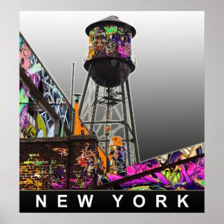 Torre de agua de Nueva York en pintada Posters