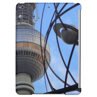 """Torre de BERLÍN TV con el detalle del """"reloj de"""