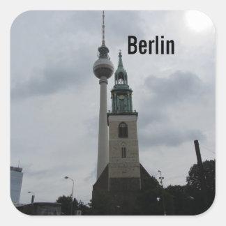 Torre de Berlín TV Calcomanía Cuadrada