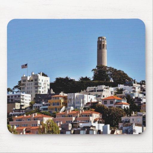 Torre de Coit en la colina del telégrafo en la tom Tapetes De Raton