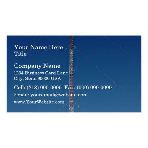 Torre de comunicación contra el cielo azul tarjetas de visita