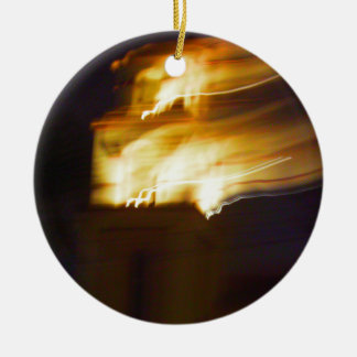 Torre de fuego adorno navideño redondo de cerámica