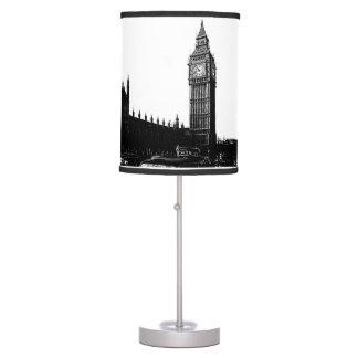 Torre de la fotografía blanco y negro de Londres