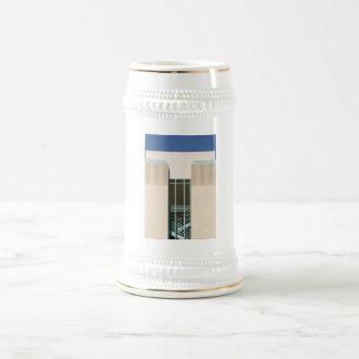Torre de las escaleras jarra de cerveza