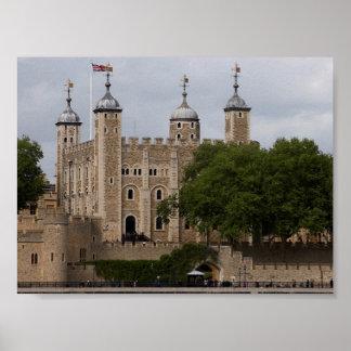 Torre de Londres Inglaterra vista de enfrente del  Póster