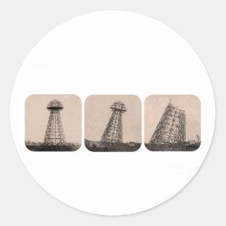 Torre de Nikola Tesla Pegatina Redonda