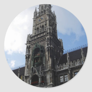 Torre de reloj de Munich Marienplatz Pegatina Redonda