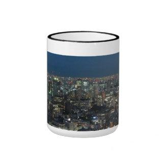 Torre de Tokio en la taza de la noche