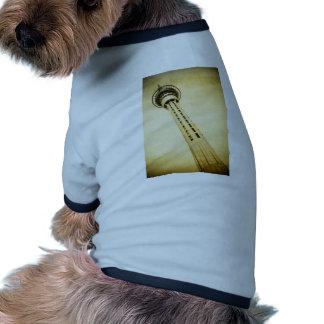 Torre del cielo de Auckland Camisa De Perrito