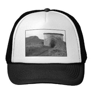 Torre del puesto de observación de la madriguera d gorras de camionero