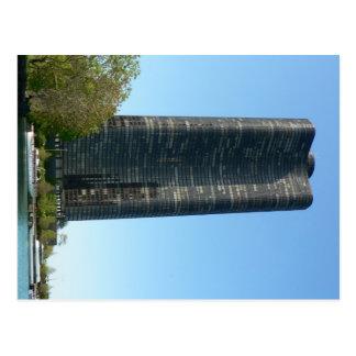 Torre del punto del lago postales